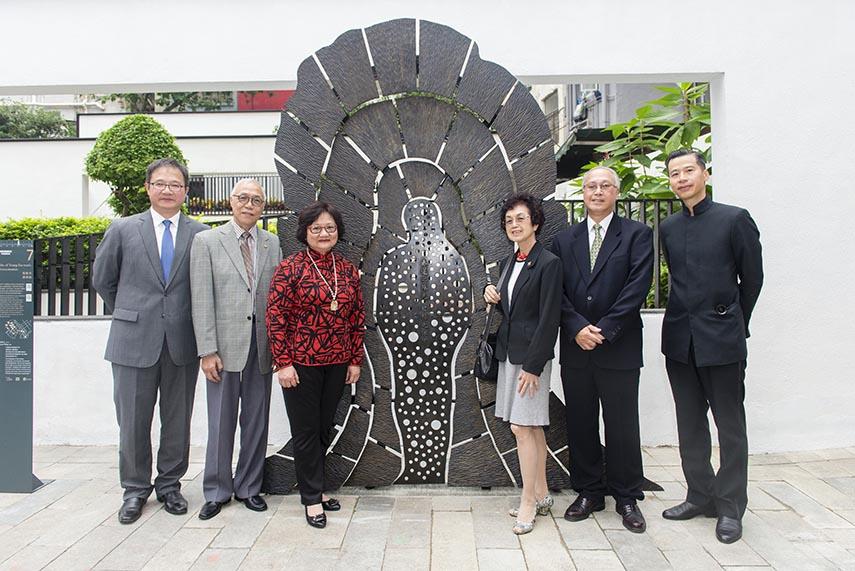 Guests and artwork of Yeung Ku-wan's Assassination